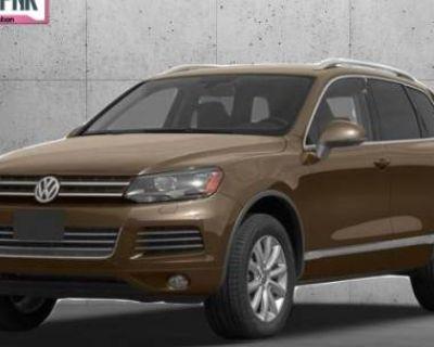 2013 Volkswagen Touareg TDI Lux
