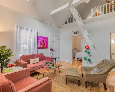 """""""LA PUERTA PEQUENA"""" ~ Charming 1 Bedroom, 1 Bathroom w/ Loft in Old Town! - White St. Gallery"""