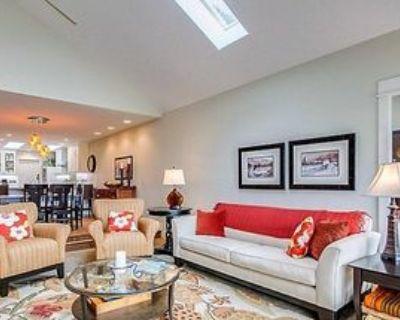3311 West Lancaster Avenue, Fort Worth, TX 76107 1 Bedroom Condo