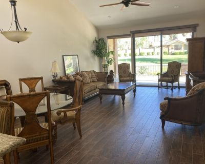 Private Monterey Country Club Condo w 3 golf courses, 35 pools, 14 courts & more - Palm Desert