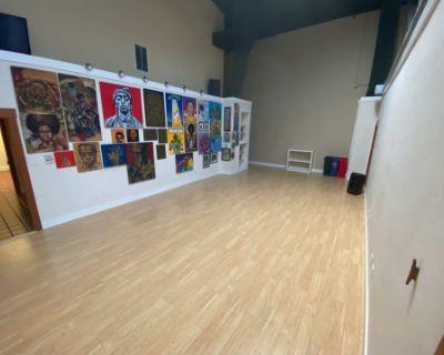Art Gallery in Spacious Loft, Oakland, CA