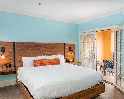 Margaritaville Island Hotel - Pigeon Forge