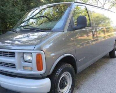 1999 Chevrolet Express Cargo Van Base