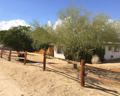 Joshua Tree Downtown Duplex - Private And Super Clean - Sleeps Up To 2 Guests - Joshua Tree