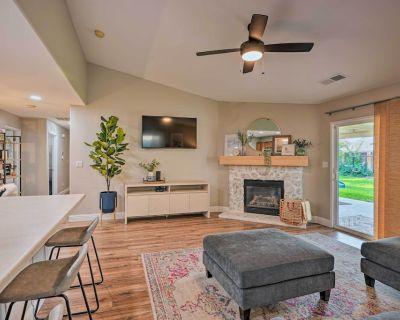 NEW! Family-Friendly Home, 6 Mi to Riverwalk Plaza - Bakersfield