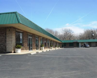 DeFazio Strip Center Retail/Office Spaces
