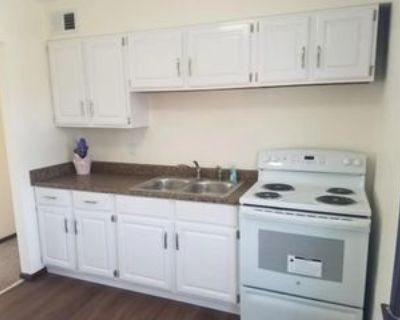 4636 W Howard Ave #4638, Milwaukee, WI 53220 3 Bedroom Apartment