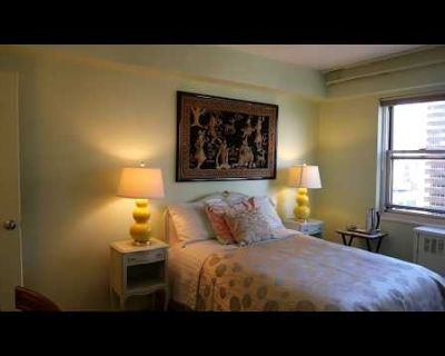Gorgeous Private Room in Shared Apt, Midtown East