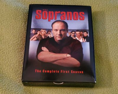 The Sopranos The Complete First Season, DVDs