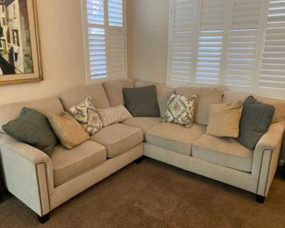 Donate! Sectional