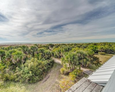 Amazing! Gulfview Villa in Beautiful Residential Quiet area of resort C0038A - Charlotte County