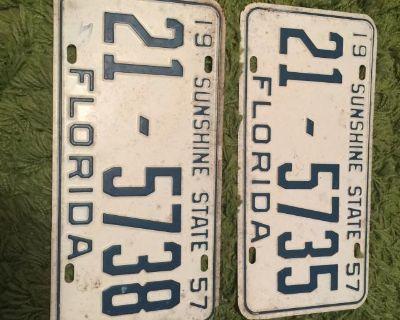 Florida 1957 NOS license plate Oval split beetle