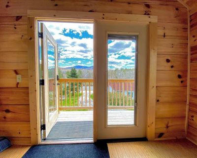 """B11 NEW!! Awesome """"Tiny Home"""" with A/C, Mountain Views, Minutes to Skiing, Hiking, Attractions - Carroll"""
