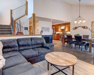 2021 in the Mountains! New Listing! Gorgeous Old Town Home, Stunning Interior. 207 - Downtown Park City