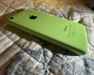 Apples iPhone 5c Green (mint perfect condition)