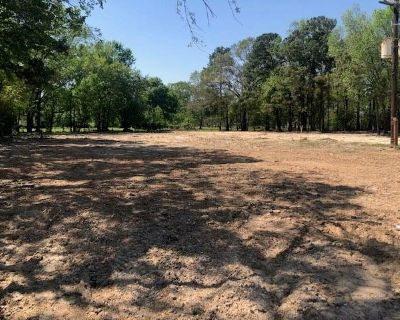 Hard to find 5+ acres close to US HWY 59 at FM 1314