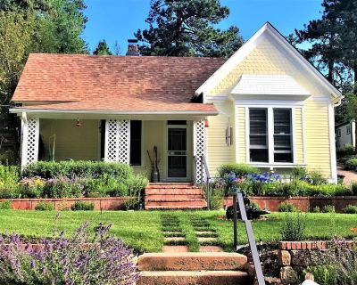 1898 Victorian Bungalow Nestled at the Base of Pikes Peak-Near Attractions - Cascade