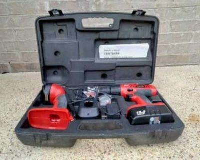 Craftsman 18 Volt Cordless Drill Set & Case & charger