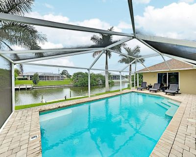 Luxe Tropical Retreat with Screened Lanai, Private Pool, Dock & Billiards - Pelican