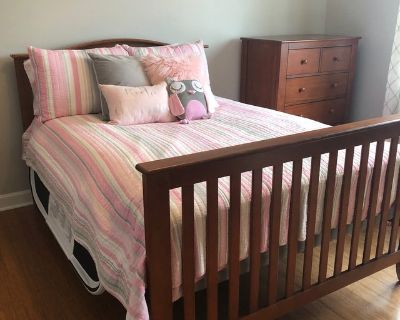 3-in-1 nursery/bed set with 2 dressers