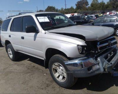 Salvage Beige 2000 Toyota 4runner