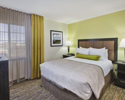 Candlewood Suites Indianapolis Airport, an IHG Hotel - Wayne
