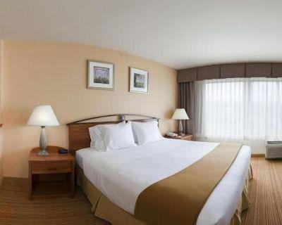 Holiday Inn Express Germantown - NW Milwaukee, an IHG Hotel - Village of Germantown