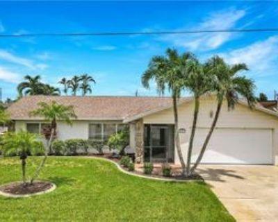 4827 Triton Ct W, Cape Coral, FL 33904 2 Bedroom House