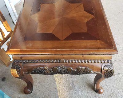 Set of 2 cherry wood end tables