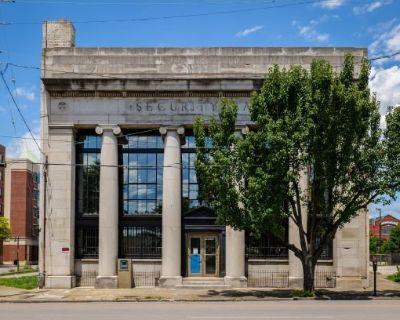 Bank Shot Billiard Building - Restaurant - Bar - Music Venue