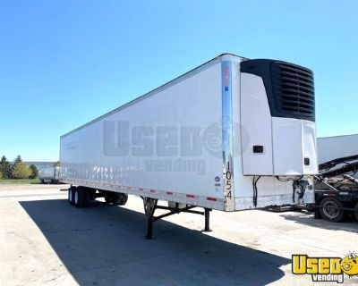 2008 Utility 3000R 53' x 102' Aluminum Reefer trailer with Carrier 2100A