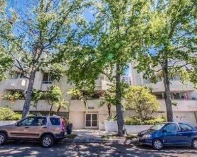 1310 N Detroit St, Los Angeles, CA 90046 2 Bedroom Apartment