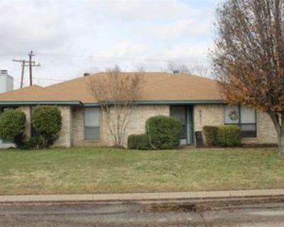6911 Sierra Dr, North Richland Hills, TX 76180 2 Bedroom Apartment