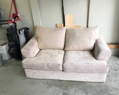 Micro suede Loveseat
