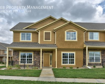 Parkview Townhome - Available October 15th