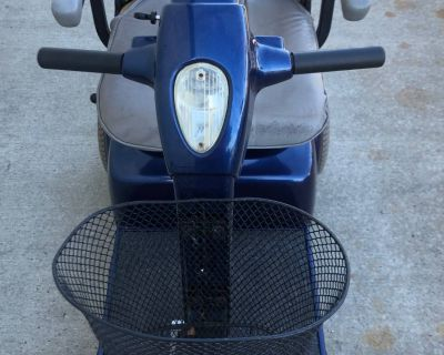 2000 Pride Mobility Products Corp. PRIDE MOBILITY SCOOTER Scooter Tifton, GA