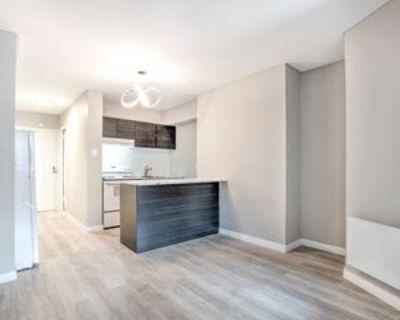 6280 Boul D carie, Montr al, QC H3X 2K1 Studio Apartment