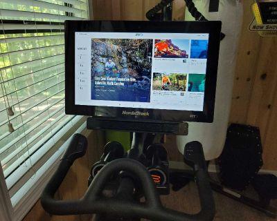 Nordictrack Studiocycle s22i Bike