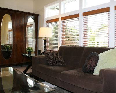 In the Heart of Elmwood-Location is Everything! Discount for stays of 3-4 months - Elmwood