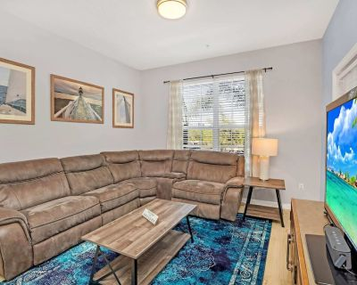 Luxurious 3BD Home Close to Convention Center and Themed Parks! #3vc209 - Orlando