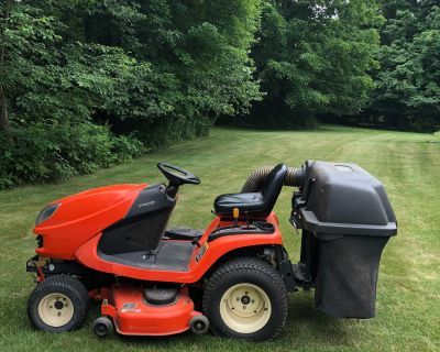 Kubota Lawn and garden tractor for sale