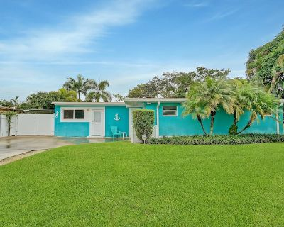Turquoise House - Hot Tub & Hammock Swings 10 min to Downtown Fort Lauderdale - Riverland Village