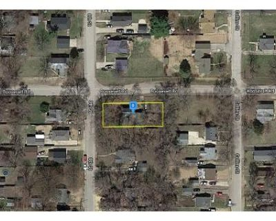 2 Bed 1 Bath Preforeclosure Property in Rockford, IL 61109 - 8th St