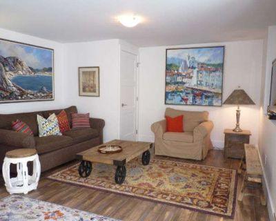 Apartment for Rent in Victoria, British Columbia, Ref# 11302704