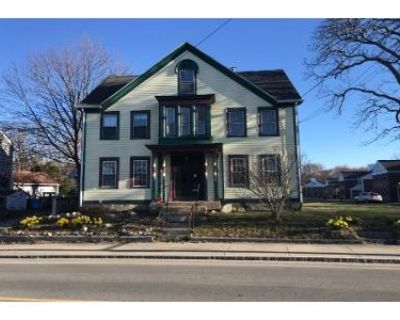 5 Bed 2 Bath Preforeclosure Property in Acushnet, MA 02743 - Main St