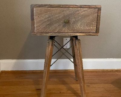 Estate/ moving sale with antiques