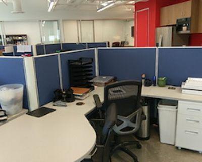 Open Desk - 1 Available at Executive Perils, Inc.