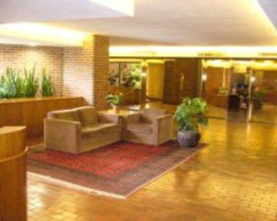 151 Bay Street #90, Ottawa, ON K1R 7T2 3 Bedroom Condo