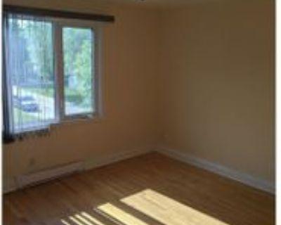 421 Des Meurons St #NO5, Winnipeg, MB R2H None 3 Bedroom Apartment