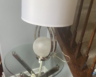 Coffee table End tables Lamps